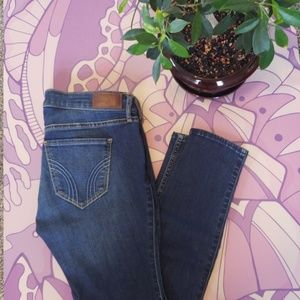 Low Rise-Super Skinny Hollister Jeans
